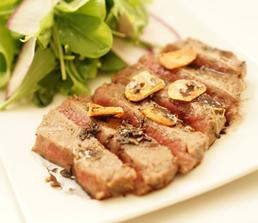 牛肉のハーブ焼き