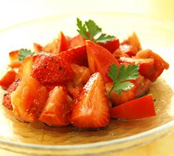 苺とフルーツトマトのマリネ
