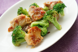 鶏肉とブロッコリーのアーリオ・オリオ ~ローズマリー風味~